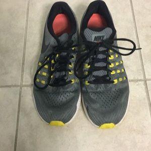 Nike Zoom W12